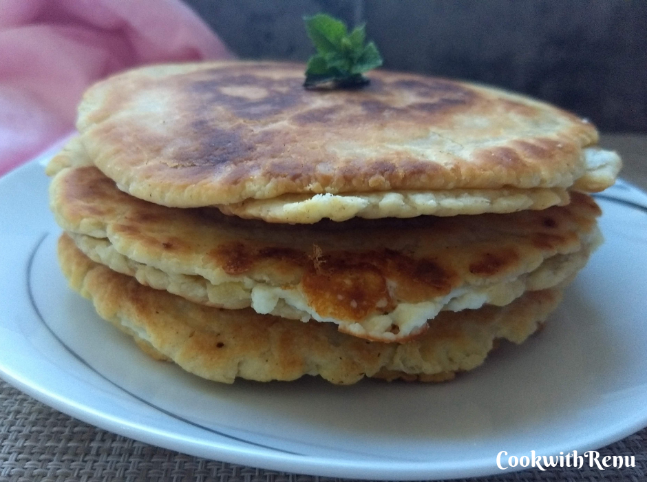 Tiganopsomo – The Greek version of fried bread