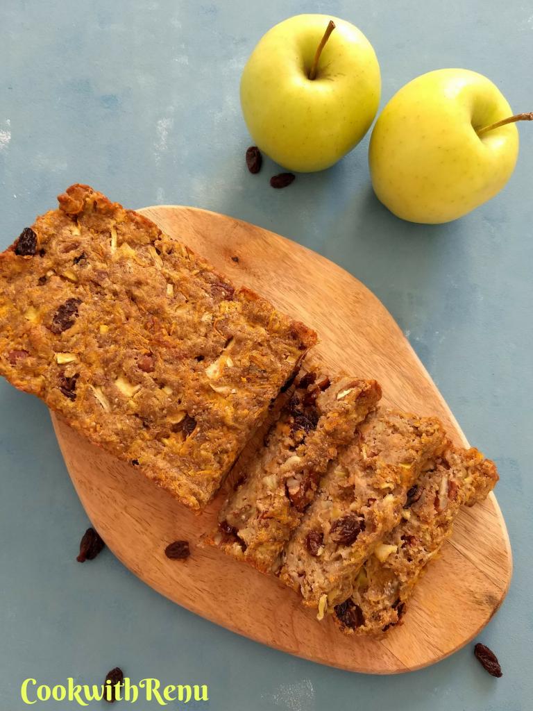 Sugarless & Vegan Apple and Carrot Loaf