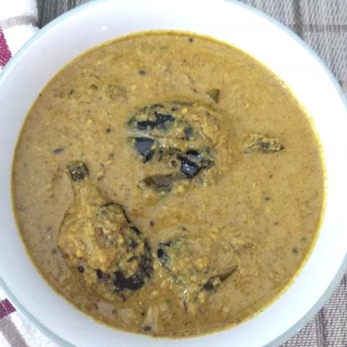 Hydrebadi Baingan ka Salan |Spicy Eggplant gravy with Peanuts