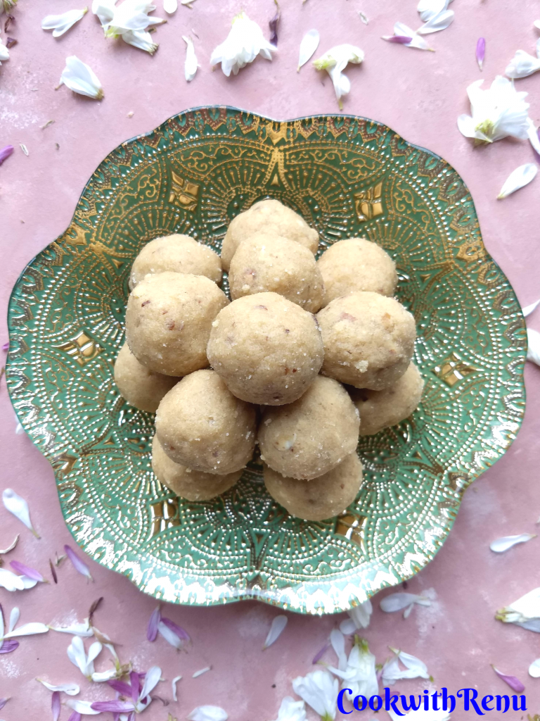 Atte and Gond ke Ladoo |Edible Gum Whole Wheat Truffles