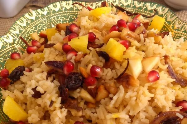 Kashmiri Pulao – with fresh fruits and nuts