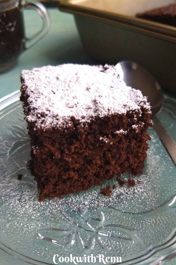 Low Carb Chocolate Coconut Flour cake - This Low Carb Chocolate Coconut Flour cake is a healthy alternative to regular chocolate cake, is rich and moist and loaded with proteins.