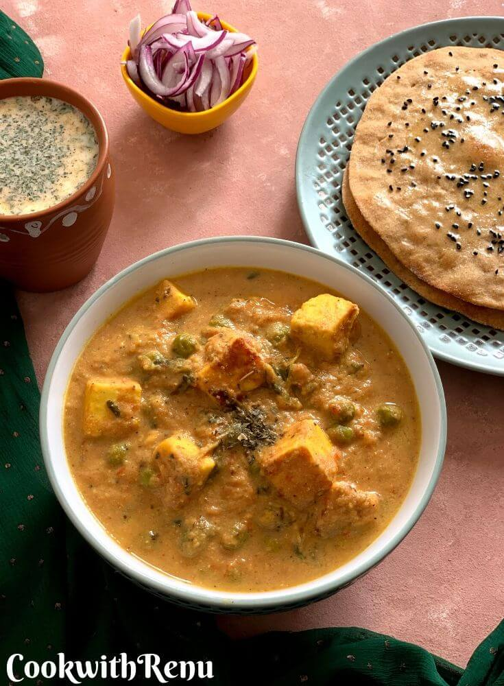 Methi Matar Paneer served with Sourdough Naan, Pudina Chaas and Freshly cut Onion