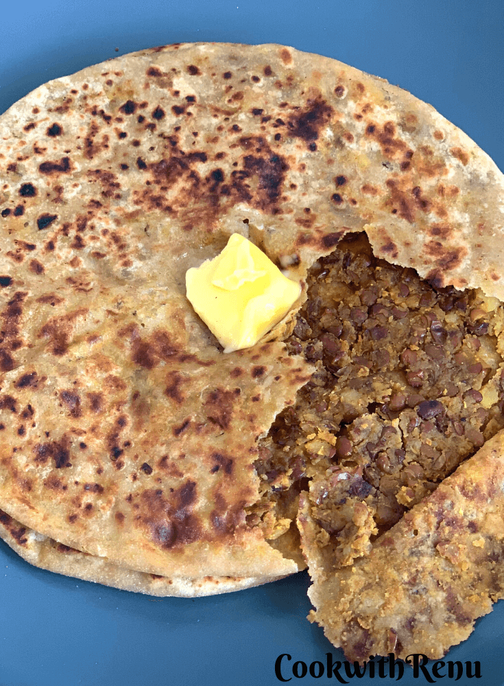 Close up and open look of horse gram paratha