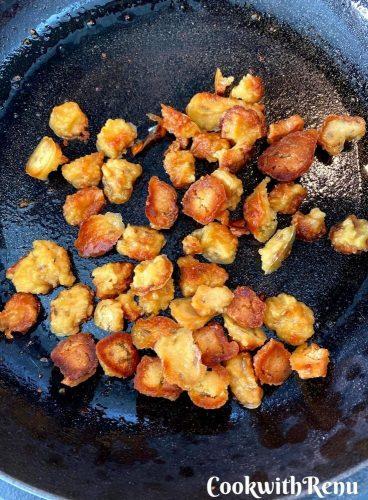 Mangodi being roasted/shallow fried