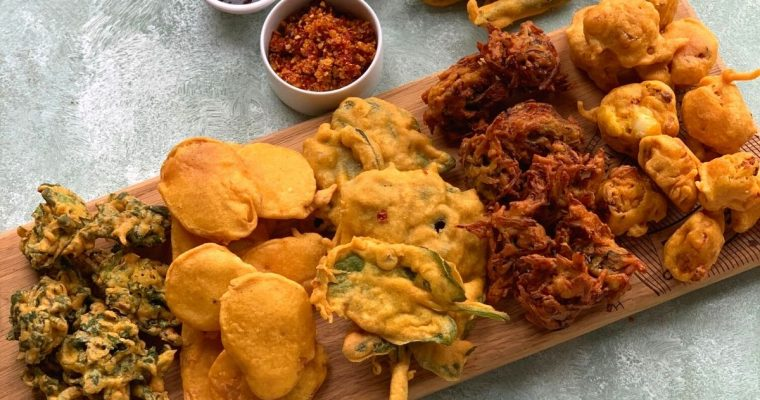 Tea Time Pakora Platter (6 different Pakora Recipes)