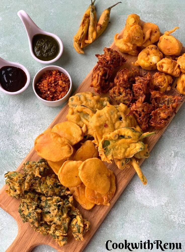 Tea time Pakora Platter is an addictive platter which has 6 different types of pakoras. They are yummy and crunchy snack or tea time fritters.