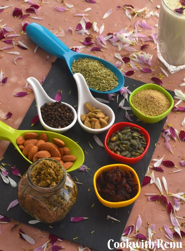 Thandai Masala powder, nuts and spices