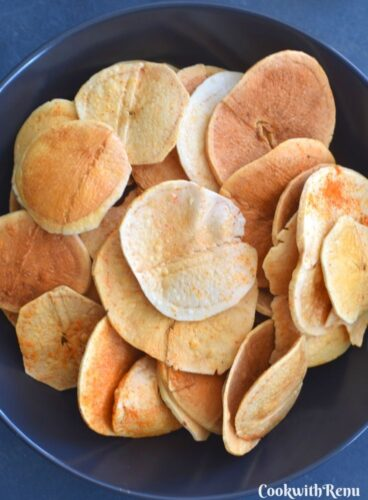 Close up look of Fried Aloo Wafers