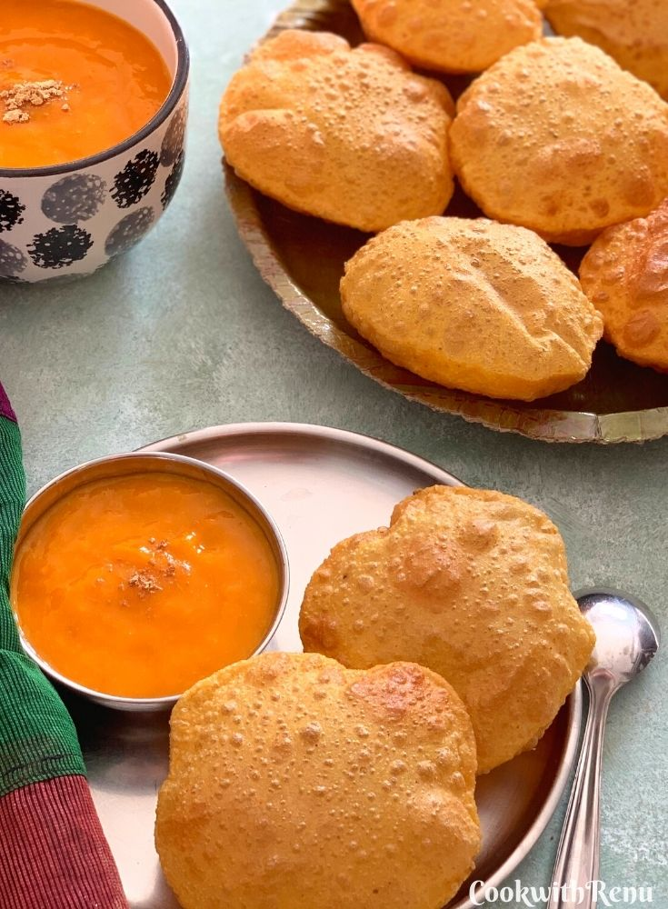 Missi Puri or Besan Ki Masala Puri is a North Indian style Puri made using a combination of wheat flour, gram flour (Besan) and a few spices.